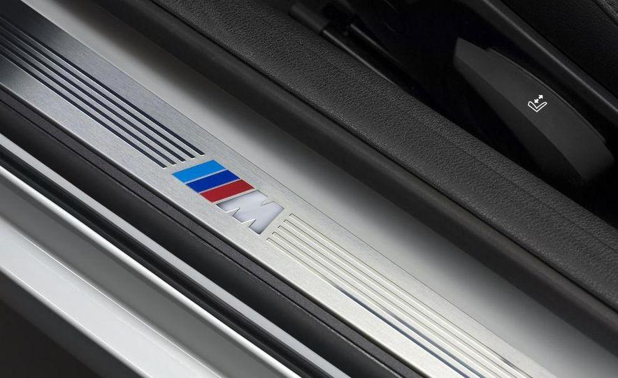 2011 BMW Z4 sDrive35is - Slide 32