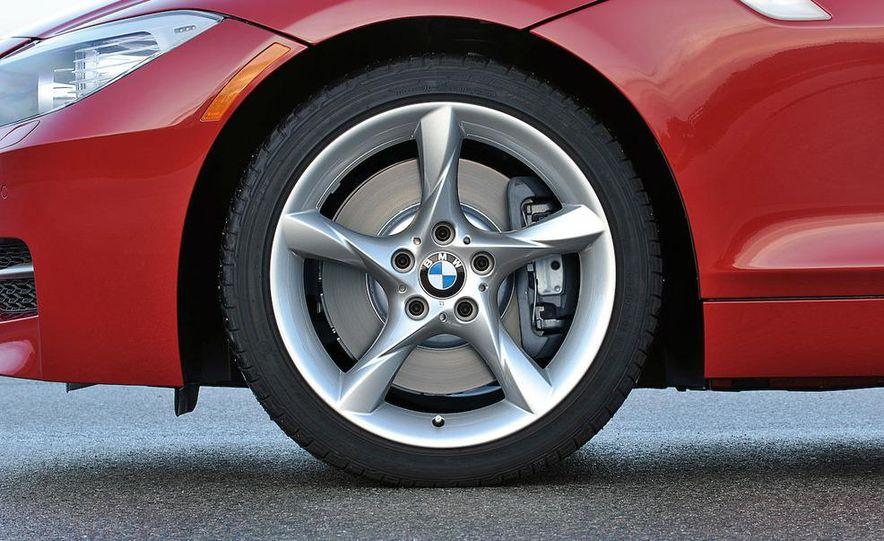 2011 BMW Z4 sDrive35is - Slide 27