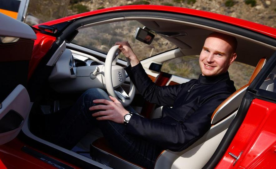 Jens Meiners in the Audi E-Tron concept interior - Slide 1