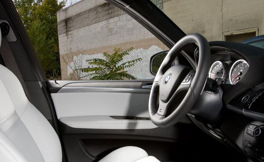 2010 BMW X5 M, 2009 Porsche Cayenne Turbo S, 2010 Jeep Grand Cherokee SRT8, and Land Rover Ranger Rover Sport Supercharged - Slide 15