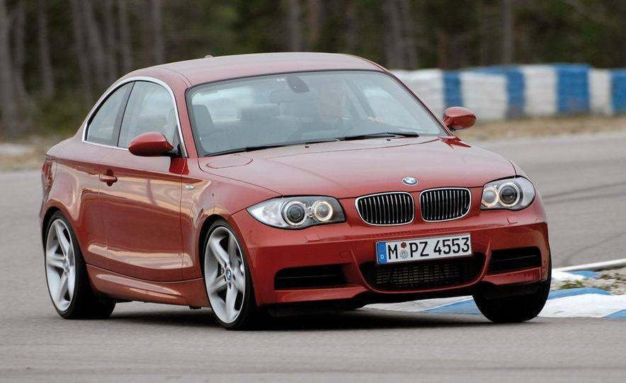 BMW 3.0-liter twin-turbocharged inline-6 engine - Slide 3