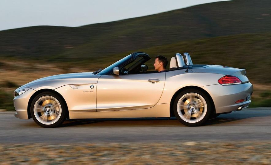 BMW 3.0-liter twin-turbocharged inline-6 engine - Slide 11