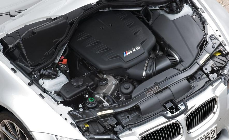 BMW 3.0-liter twin-turbocharged inline-6 engine - Slide 17