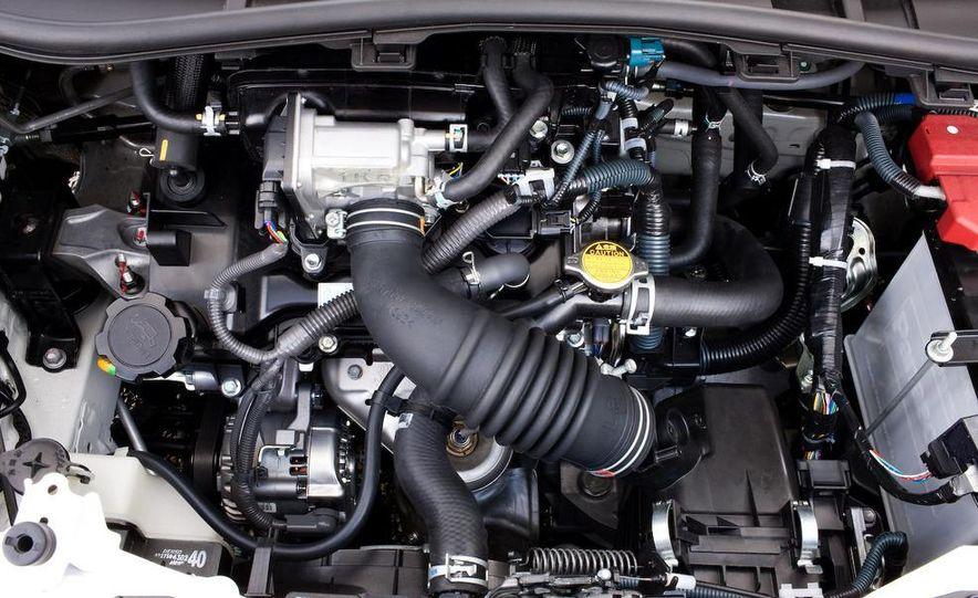 2011 Aston Martin Cygnet - Slide 25