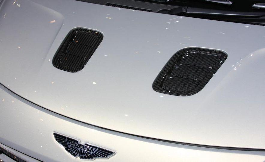 2011 Aston Martin Cygnet - Slide 12
