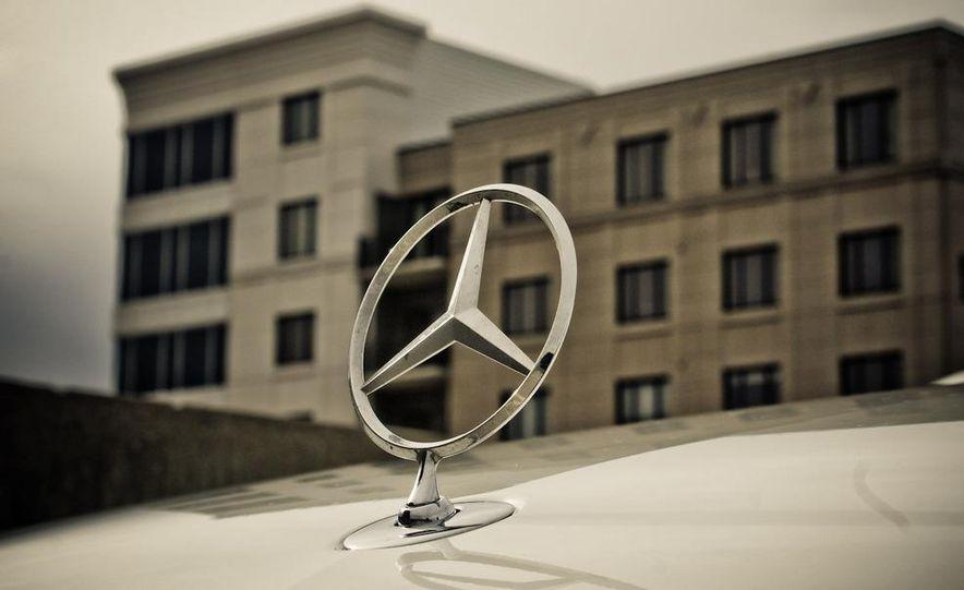 2010 Mercedes-Benz S400 Hybrid - Slide 35