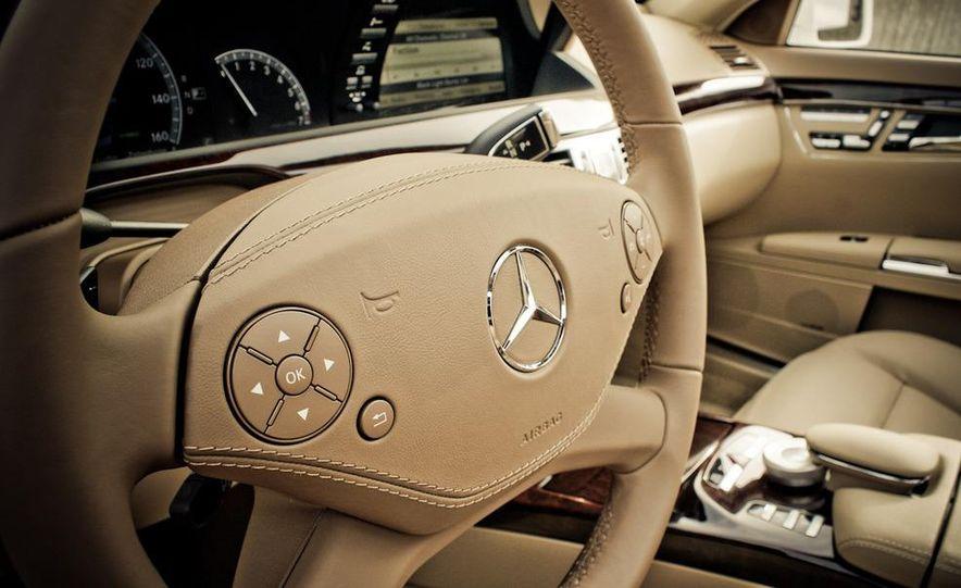 2010 Mercedes-Benz S400 Hybrid - Slide 22