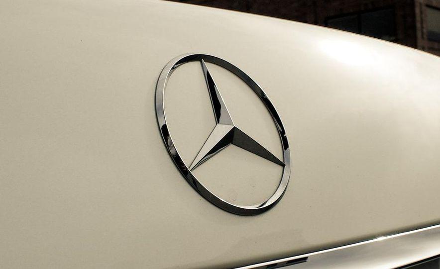 2010 Mercedes-Benz S400 Hybrid - Slide 17