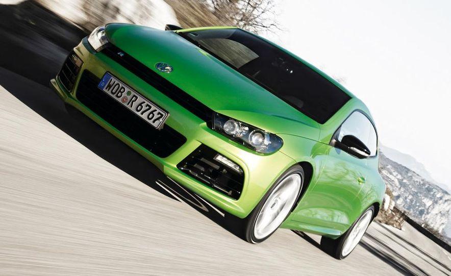 2010 Volkswagen Scirocco R - Slide 30