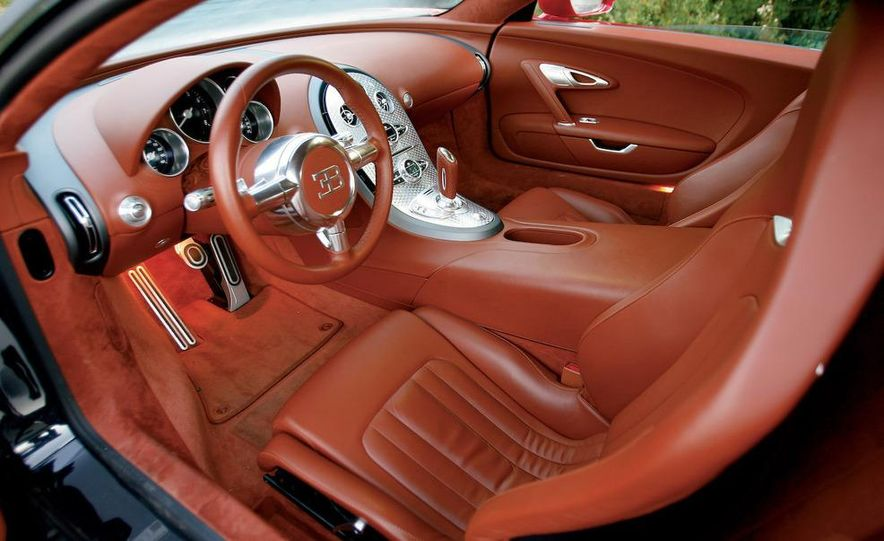 2008 Bugatti Veyron 16.4 interior - Slide 1