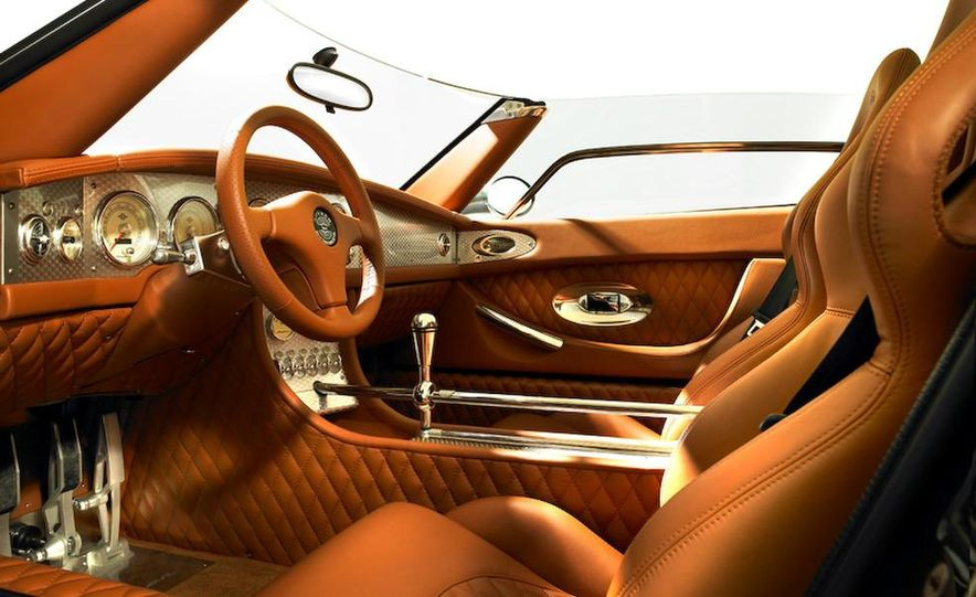 2008 Bugatti Veyron 16.4 interior - Slide 217