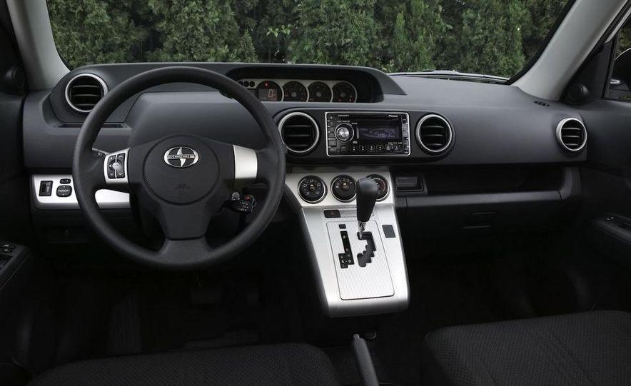2008 Bugatti Veyron 16.4 interior - Slide 207