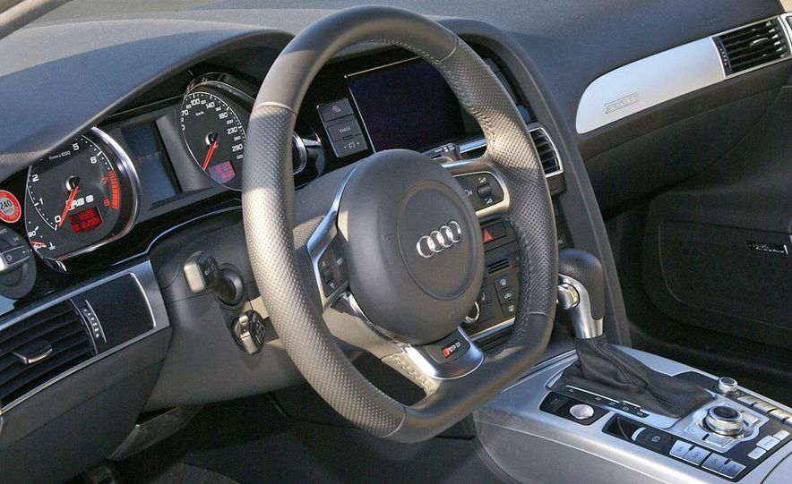2010 Audi RS6 Avant - Slide 21