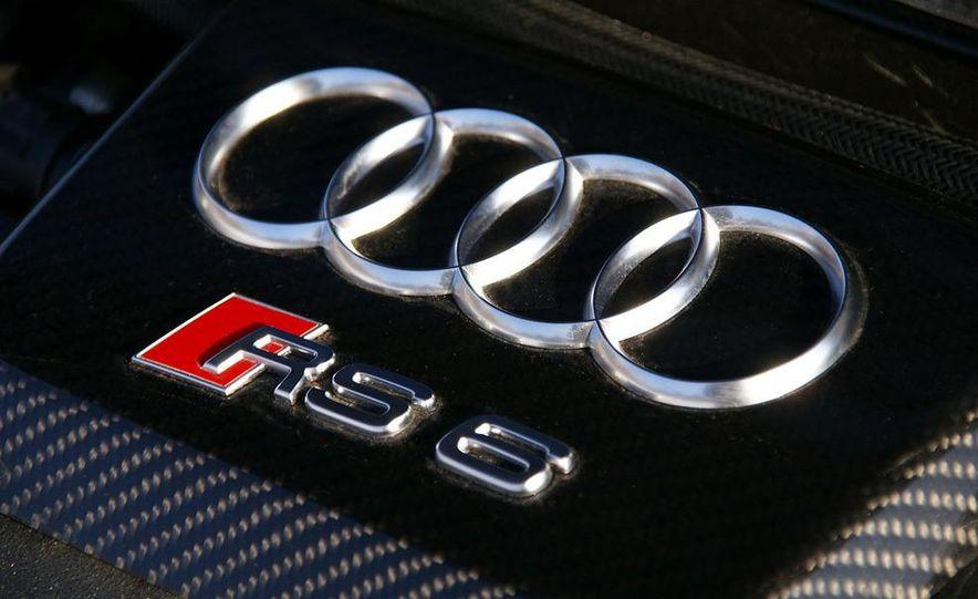 2010 Audi RS6 Avant - Slide 19