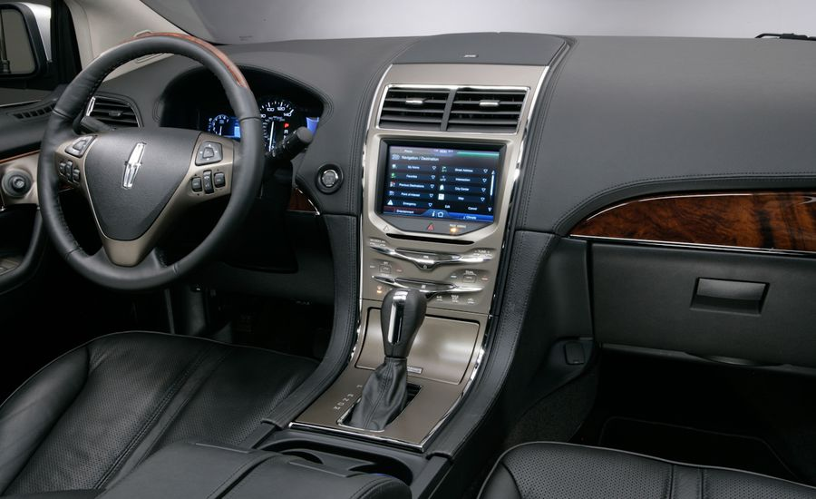 2011 Ford Edge and 2011 Lincoln MKX Interiors Leaked
