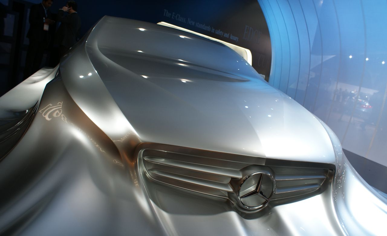 2011 Mercedes-Benz CLS Previewed With Sculpture