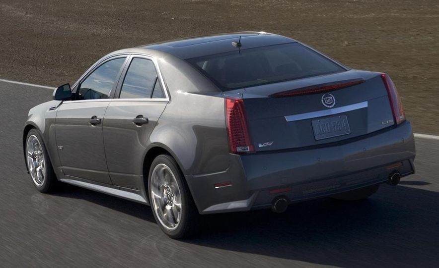 2011 Cadillac CTS-V coupe - Slide 48