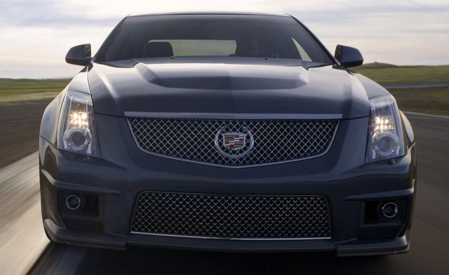 2011 Cadillac CTS-V coupe - Slide 51