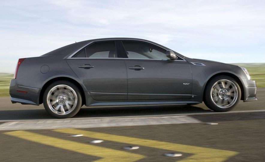 2011 Cadillac CTS-V coupe - Slide 54