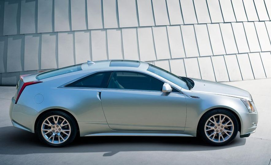 2011 Cadillac CTS-V coupe - Slide 35