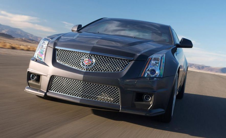 2011 Cadillac CTS-V coupe - Slide 23