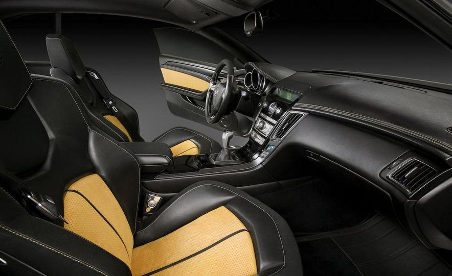 2011 Cadillac CTS-V coupe - Slide 44