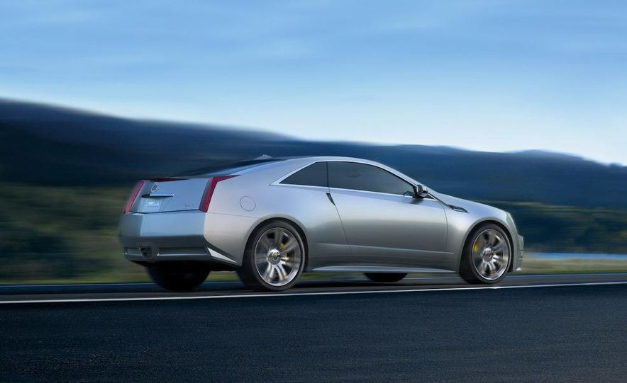 2011 Cadillac CTS-V coupe - Slide 38