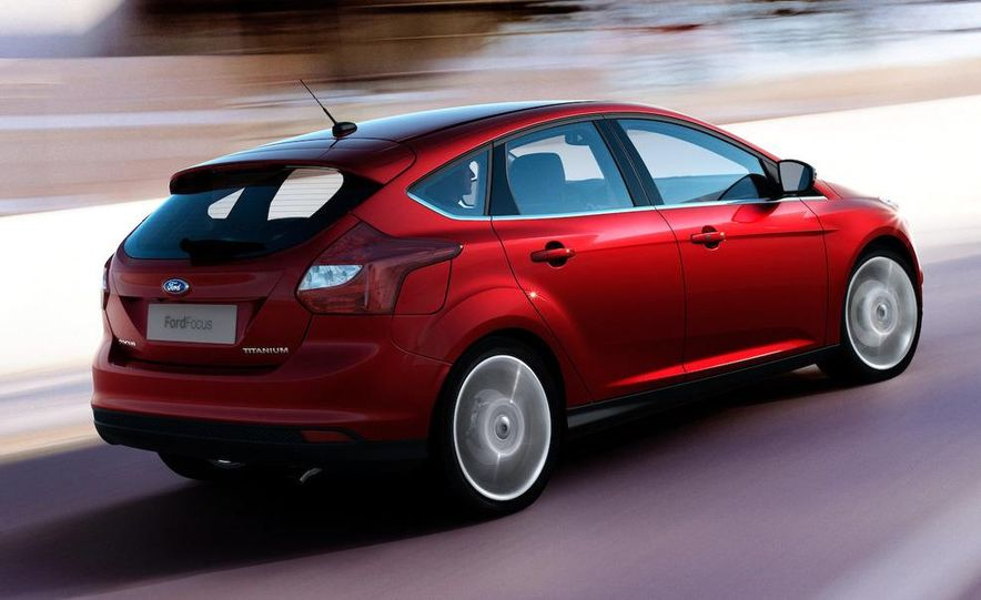 2010 Ford Focus five-door hatchback and 2012 Ford Focus sedan - Slide 15