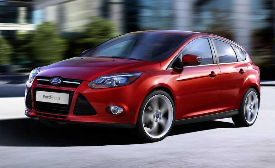 2010 Ford Focus five-door hatchback and 2012 Ford Focus sedan - Slide 17