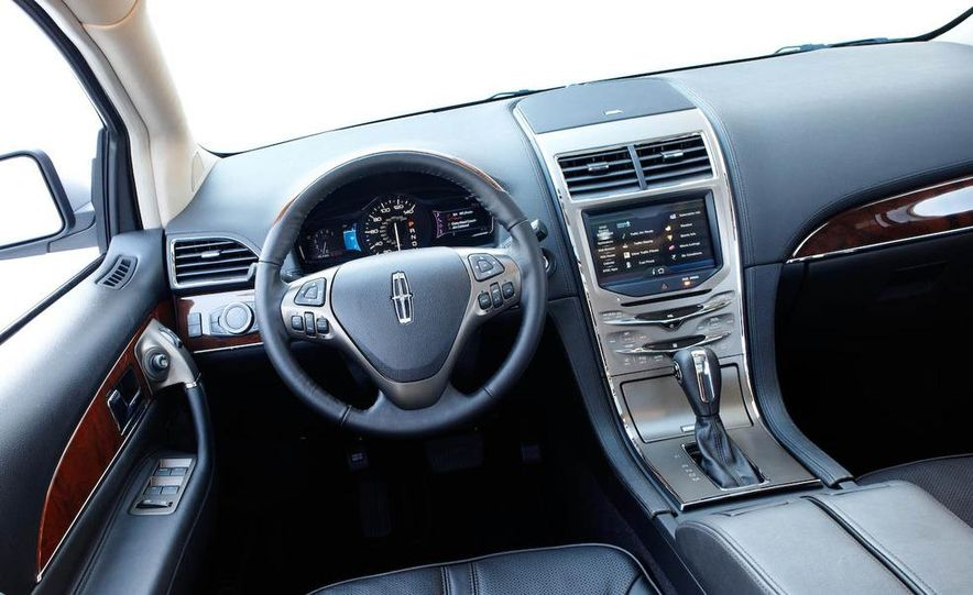 2011 Lincoln MKX - Slide 30