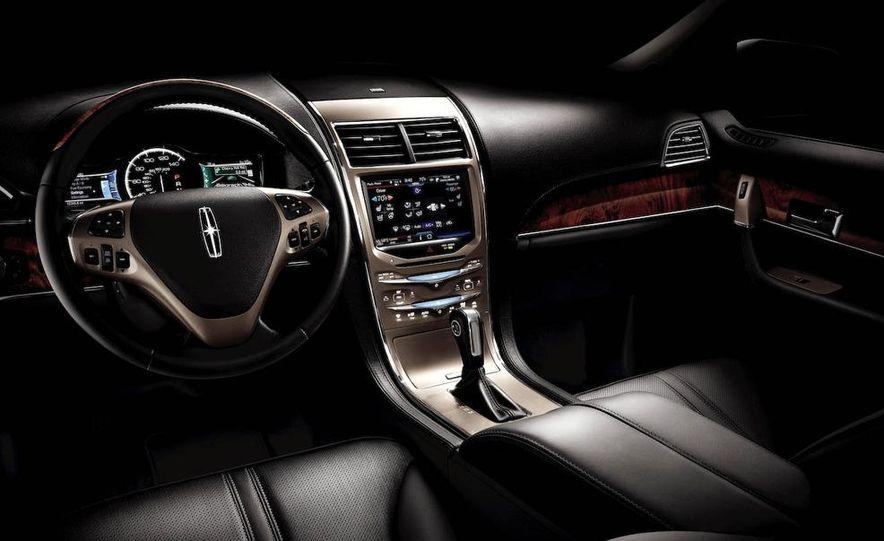 2011 Lincoln MKX - Slide 33