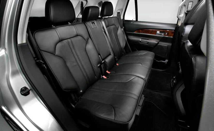 2011 Lincoln MKX - Slide 42