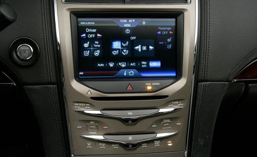 2011 Lincoln MKX - Slide 43