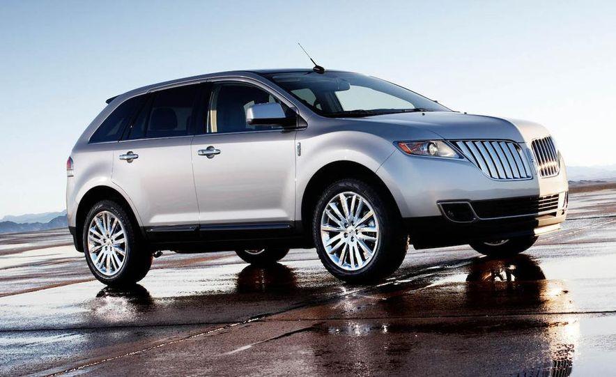 2011 Lincoln MKX - Slide 20