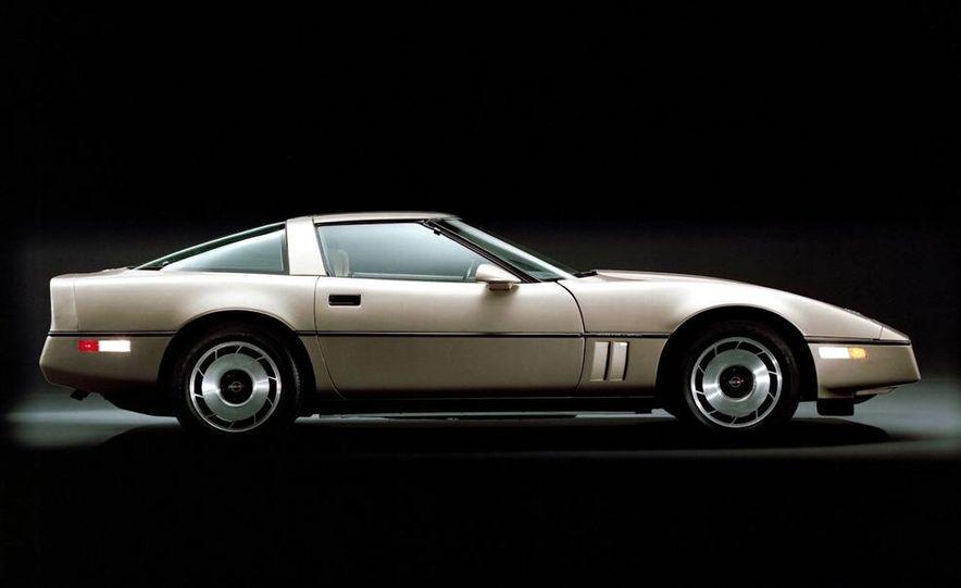 1984 Chevrolet Corvette coupe - Slide 1