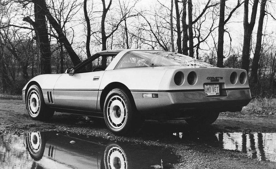 1984 Chevrolet Corvette coupe - Slide 2