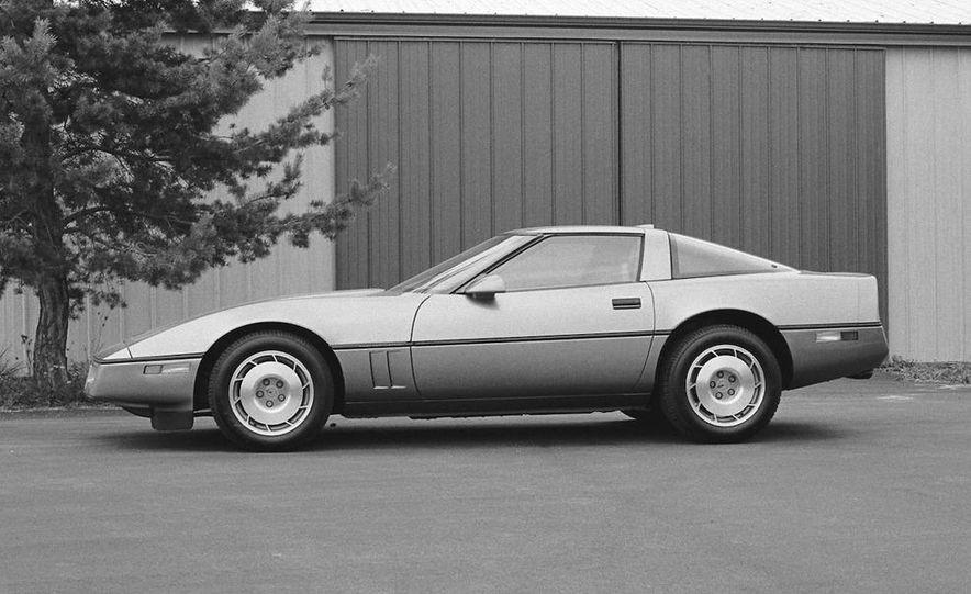 1984 Chevrolet Corvette coupe - Slide 4