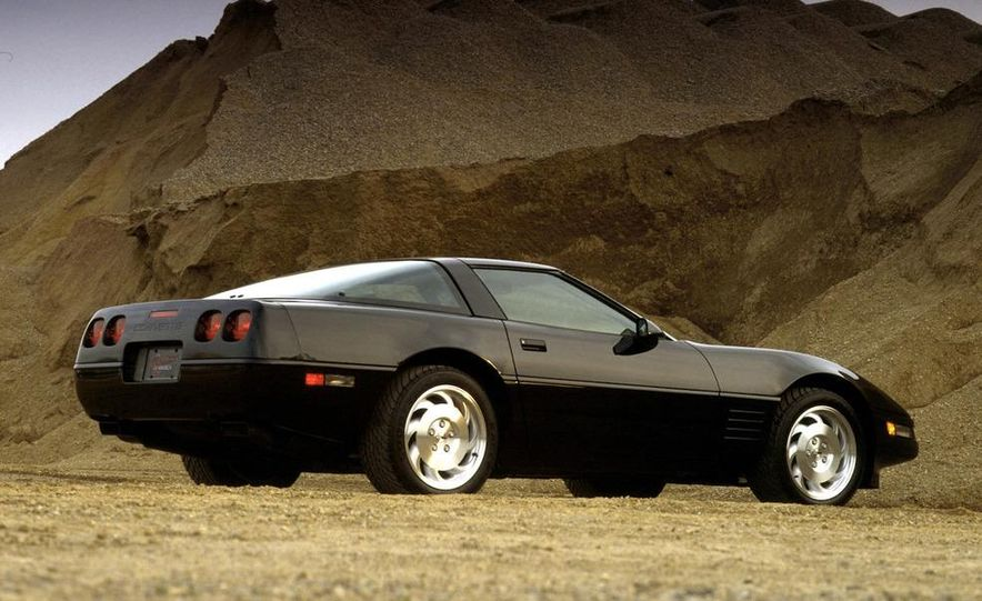 1984 Chevrolet Corvette coupe - Slide 10