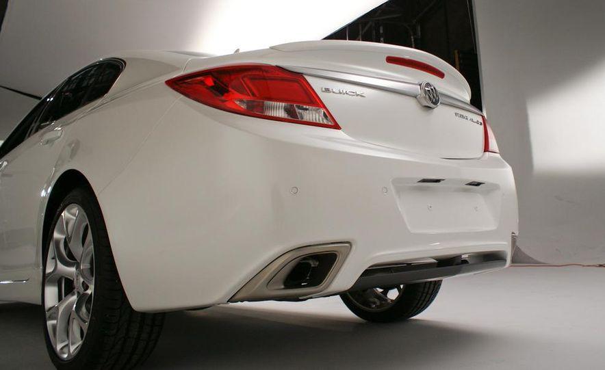 Buick Regal GS concept - Slide 25