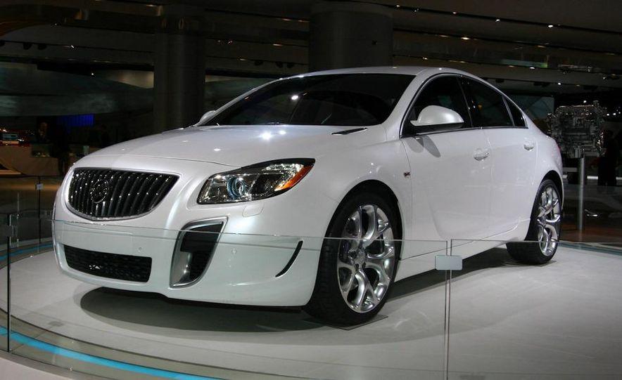 Buick Regal GS concept - Slide 3