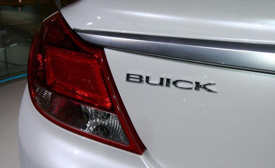 Buick Regal GS concept - Slide 8
