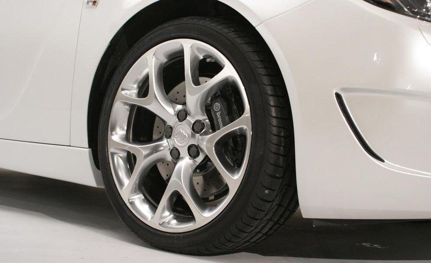 Buick Regal GS concept - Slide 24