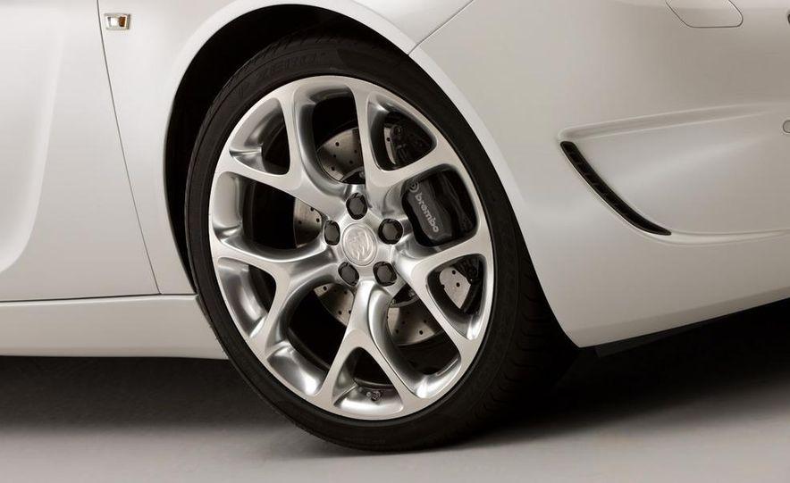 Buick Regal GS concept - Slide 29