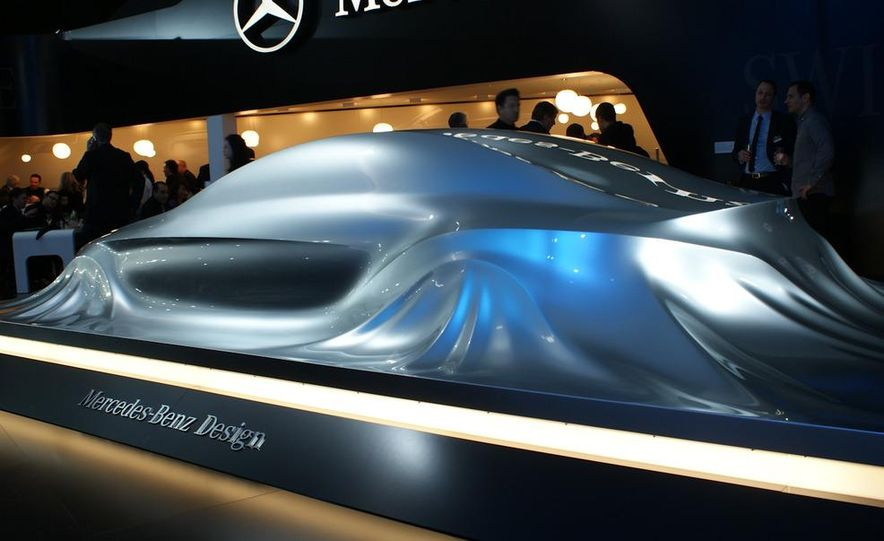 2011 Mercedes-Benz CLS Concept Sculpture - Slide 1