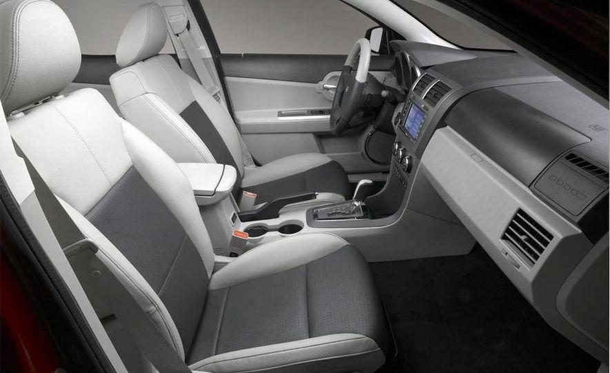 2010 Dodge Journey R/T - Slide 25