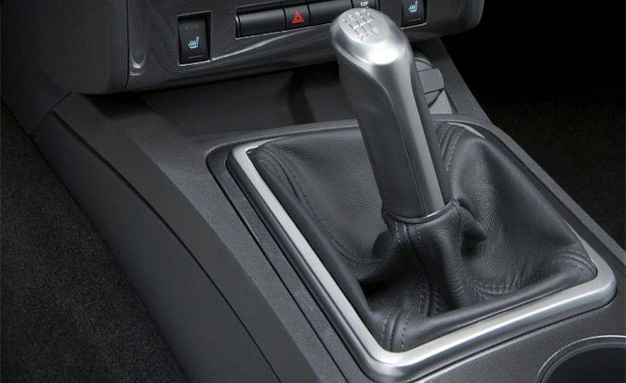 2010 Dodge Journey R/T - Slide 29