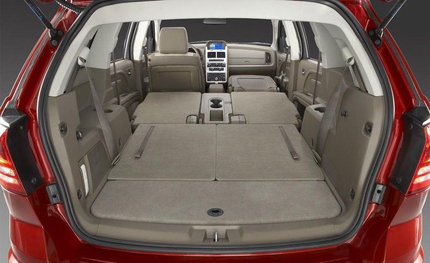 2010 Dodge Journey R/T - Slide 4