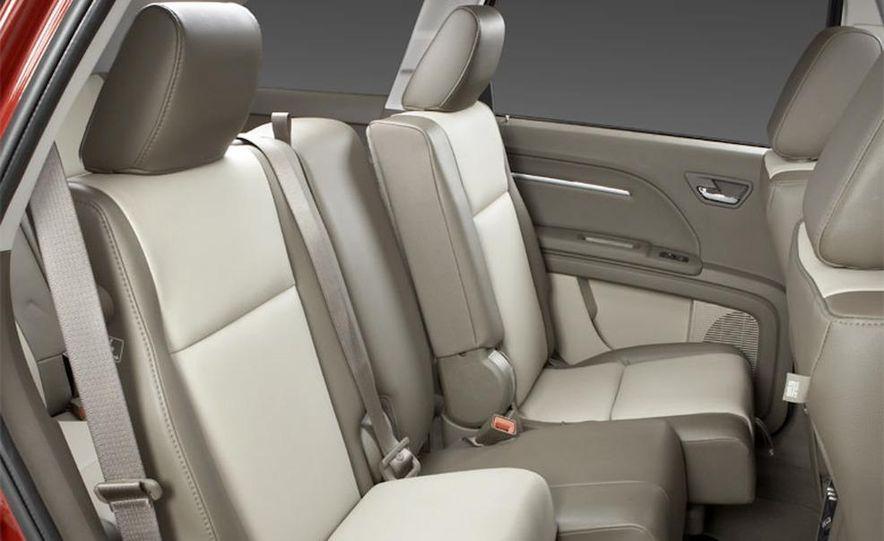 2010 Dodge Journey R/T - Slide 7