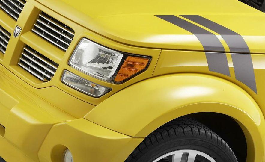 2010 Dodge Journey R/T - Slide 20