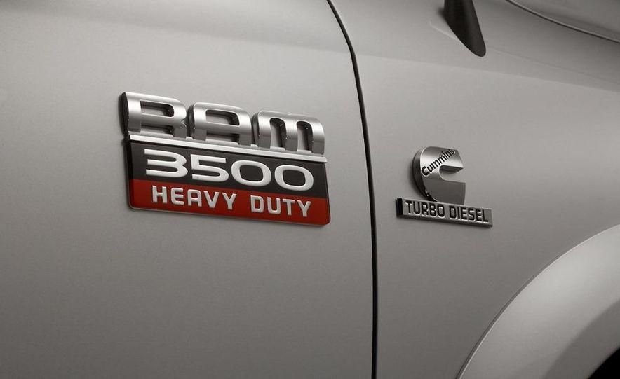 2010 Dodge Journey R/T - Slide 114